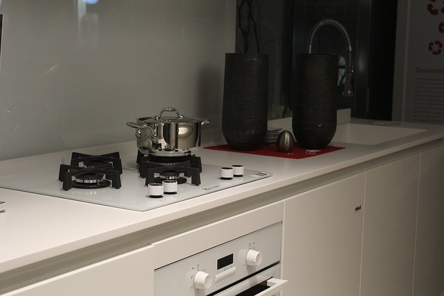 Płyta gazowa w kuchni