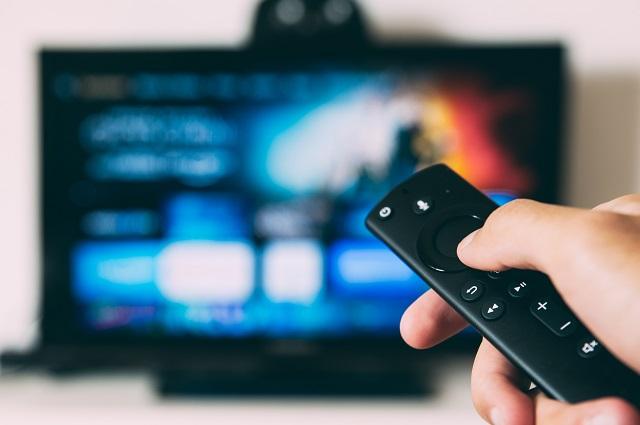 Włączony telewizor